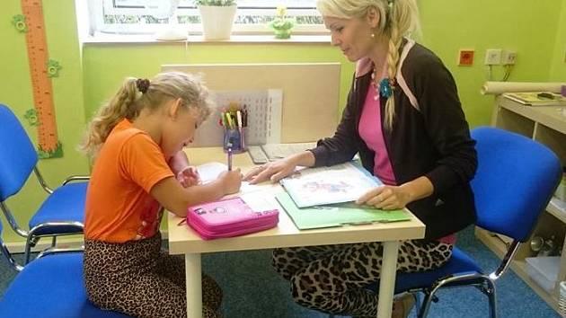 Studijní centrum Basic v Trutnově pomůže žákům i dospělým při poruchách s učením