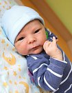 VOJTĚCH UXA se narodil Haně a Štěpánovi 7. srpna ve 21.45 hodin. Vážil 3,05 kilogramu a měřil 49 centimetrů. Doma v Jilemnici už na sourozence čeká i sestřička Anička.