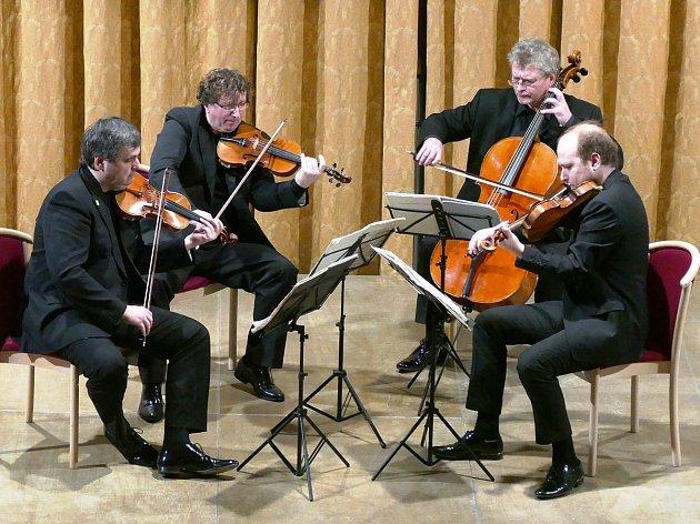 Na Kuksu zahraje Wihanovo kvarteto.