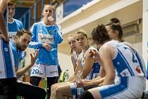 Trutnovské basketbalistky v hale pražské Slavie prohrály výsledky 61:80.