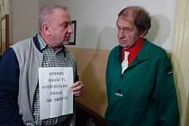 Okresní soud v Trutnově ve čtvrtek zamítl obnovu řízení případu disidenta Pavla Wonky z roku 1981, který se týkal údajného neoprávněného vniknutí do bytu tchyně.
