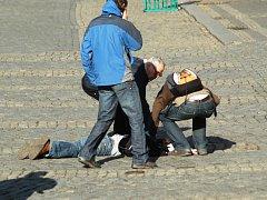 """Akce """"První pomoc"""" v centru Trutnova."""