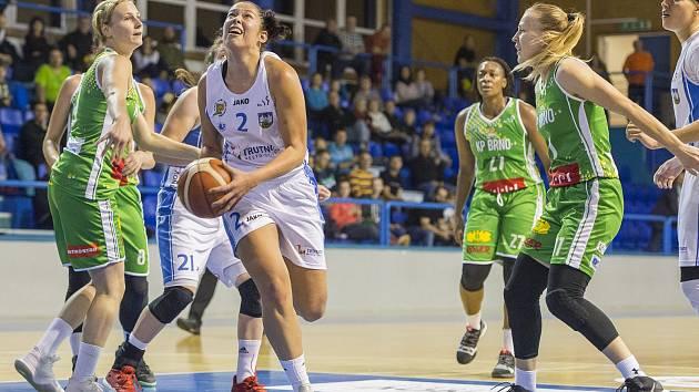 Nejlepší střelkyní utkání 20. kola ŽBL KP Brno - BK Loko Trutnov byla hostující Tereza Šípová (č. 2).