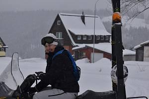 Olga Charvátová Křížová je legendou českého alpského lyžování. Posledních pět let žije v krkonošském Strážném.