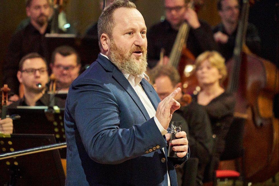 Vyprodané Uffo ozářil operní mág Adam Plachetka
