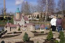Park miniatur v Kowarech se stal jednou ze zastávek poznávací cesty krkonošských starostů v Polsku.