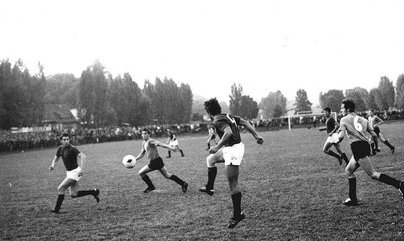 Pražská Sparta v regionu nejvyšších českých hor odehrála několik památných utkání.