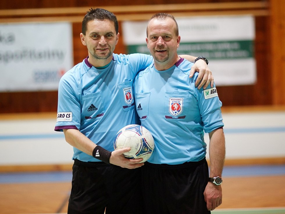 Horňák cup 2013, rozhodčí Pilný a Nývlt