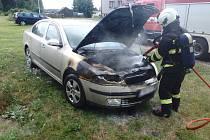 Vznítilo se další auto. Opět od technické závady.