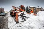 Vrchlabí již několik desítek let s úspěchem používá na úklid sněhu speciální stroj vyrobený v tehdejším Sovětském svazu, přezdívaný sněhožrout nebo Stalinovy ruce.