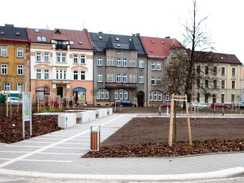 Jiráskovo náměstí, Trutnov