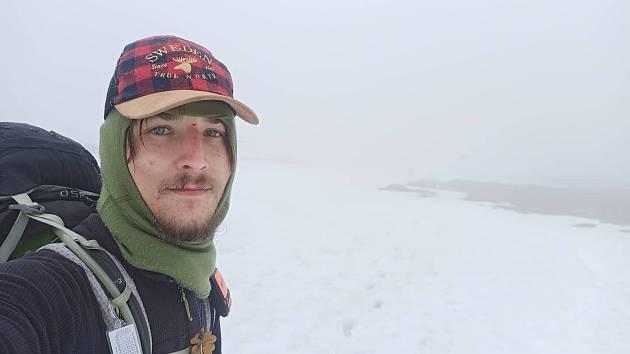 Ivan Mitrus už je za polárním kruhem, došel tam pěšky ze Sicílie. Na cestě je už 517 dní, v nohách má 7676 kilometrů.