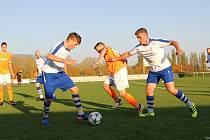 Na podzim vrchlabští fotbalisté porazili Kostelec nad Orlicí 3:2. A dařilo se jim i v jarní odvetě, když nejprve dotáhli vyrovnaný duel k bezbrankové remíze, aby pak ovládli penaltový rozstřel.