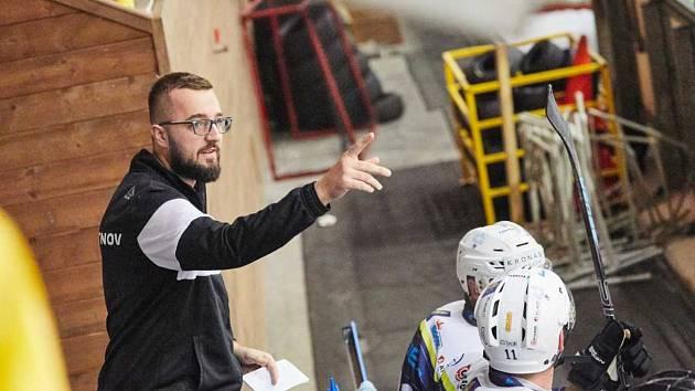 Ondřej Poul na lavičce HC Trutnov.