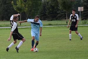 K nezastavení byl ve středečním pohárovém utkání Jiskry Kuks s Jiskrou Kocbeře (2:12) středopolař Martin Kilevník. Soupeři nastřílel pět branek a na několik dalších ještě přihrál.