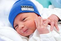 Petr Šilhavý přišel na svět 6. prosince v 18 hodin a 12 minut. Při narození vážil 3,3 kilogramu a měřil 50 centimetrů. S rodiči Ivanou a Petrem a brášky Janem a Jakubem bude bydlet v Rokytnici nad Jizerou.