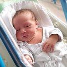BEN SABOV se narodil 5. února v 8.15 hodin rodičům Janě a Michalovi. Vážil 3,68 kg a měřil 51 cm. Rodina bydlí v Trutnově.