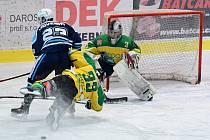 Hokejové derby Dvůr Králové - Vrchlabí 3:4.