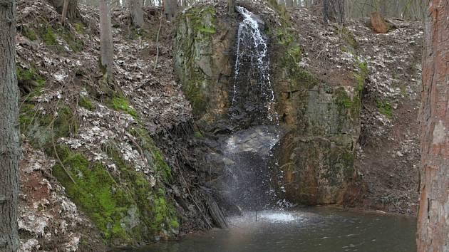 Vodopád na Vápenickém potoce.