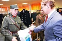 Výstava vojenskéch věcí ve Rtyni v Podkrkonoší
