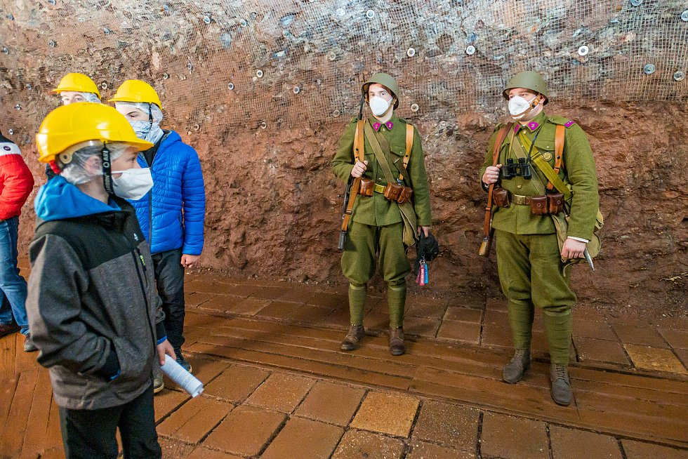Mohutná vojenská pevnost Stachelberg, vybudovaná na obranu proti Hitlerovi, je od soboty opět otevřená.