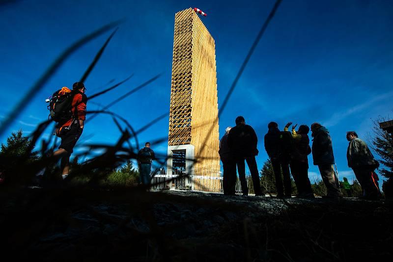 Slavnostní otevření nové rozhledny na Velké Deštné v Orlických horách