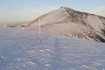 Jako každý rok si členové české a polské horské služby i její příznivci připomněli tragédii z roku 1975, při níž zahynuli dva členové HS Štefan Spusta a Jan Messner.