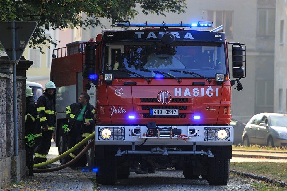 Požár zámku v Horním Maršově.