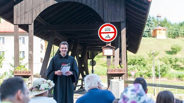 V Suchovršicích uctili památku mistra Jana Husa.