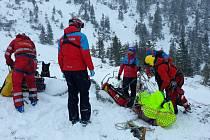 Zásah Horské služby u nedělní spadlé laviny v Krkonoších.