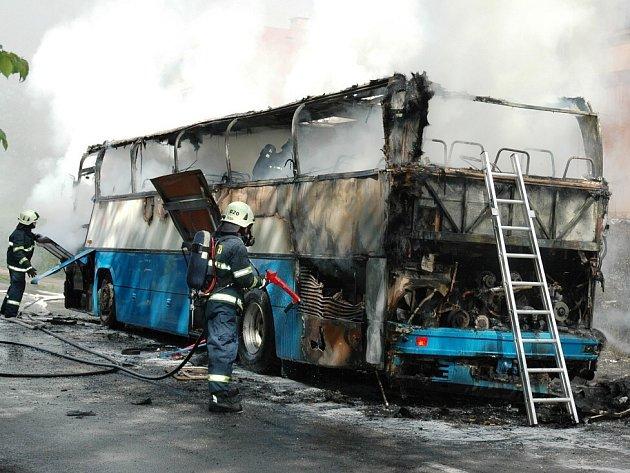 Nehoda autobusu v Nemojově