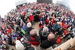 Shromáždění lidí na Sněžce