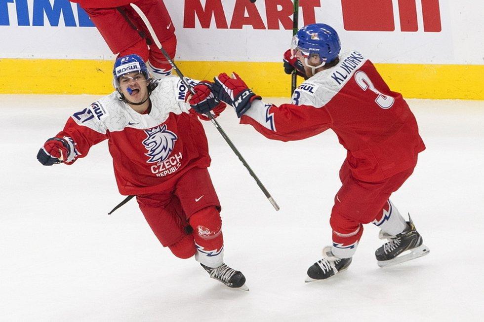 Čeští hokejisté do dvaceti let si na misrovství světa vyšlápli na favorizované Rusy.
