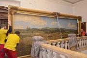 Zpátky v Jilemnici. Obraz Kotel v Krkonoších namaloval František Kaván v roce 1895 jako oponu pro ochotníky.