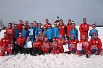 BONBÓNEK NA ZÁVĚR úspěšné sezony si prvenstvím v závodech o Pohár Libereckého kraje připsali jilemničtí žáci. V celkovém pořadí vyhráli téměř o tisíc bodů!
