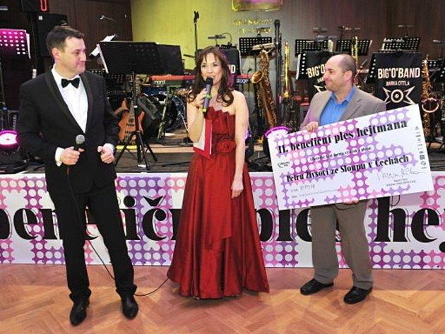 Více než 700.000 korun pro sedm subjektů se podařilo získat v rámci 11. ročníku benefičního plesu hejtmana Libereckého kraje Martina Půty.