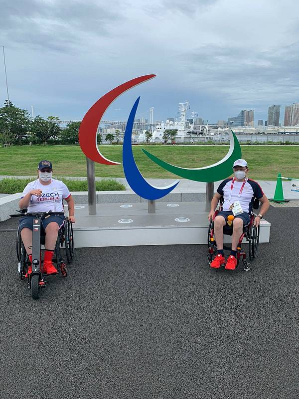Šárka Musilová z Trutnova získala na paralympijských hrách v Tokiu stříbro v lukostřelbě.