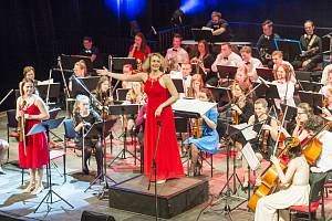 Police Symphony Orchestra vyprodala trutnovské Uffo.