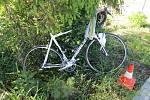 Nehoda auta s cyklistou ve Vrchlabí.