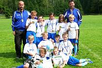 BEZ PORÁŽKY absolvovali fotbalisté a fotbalistky Horního Starého Města Grassroots day. Zlaté medaile proto získali po zásluze.