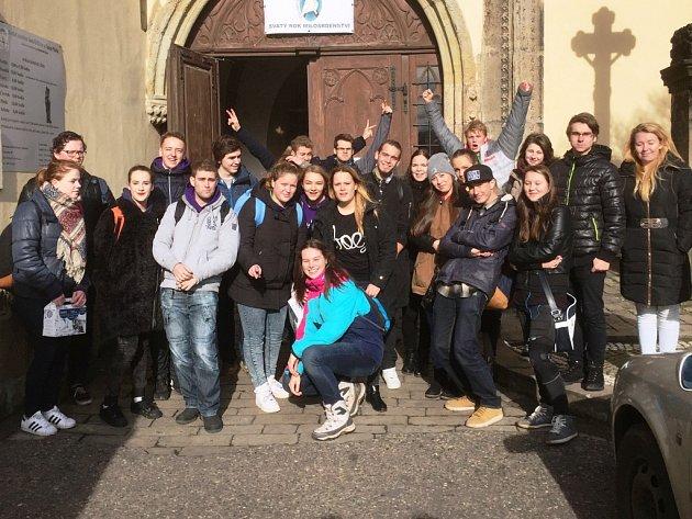 Královédvorští studenti se pod Zvičinou střetli s nizozemskými kolegy