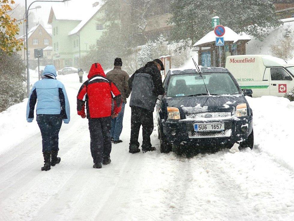 Říjnový příval sněhu v Peci pod Sněžkou