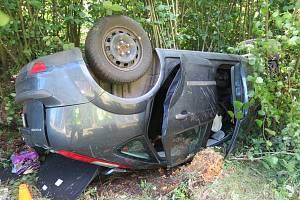 V Mostku došlo k nehodě při předjíždění.