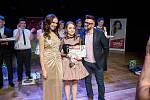 Kamila Nývltová, Zuzana Banková a Osman Laffita při finále soutěže Česko zpívá 2018 v trutnovském Uffu.