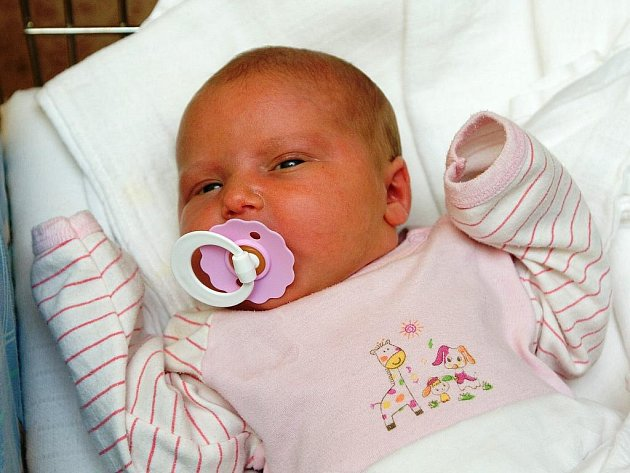 Tereza Ducháčková se mamince Věře narodila 3. srpna v 16 hodin a 18 minut. Vážila 3,81 kilogramu a měřila 51 centimetrů. Společně s tatínkem Vlastimilem a sestrou Nikolou jsou z Jilemnice.