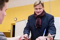 Jan Sobotka byl ve středu pošesté zvolen starostou Vrchlabí.