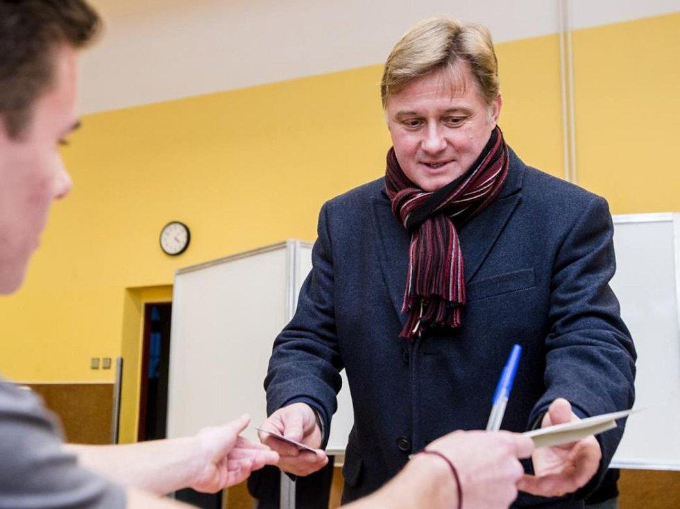 Jan Sobotka byl pošesté zvolen starostou Vrchlabí.
