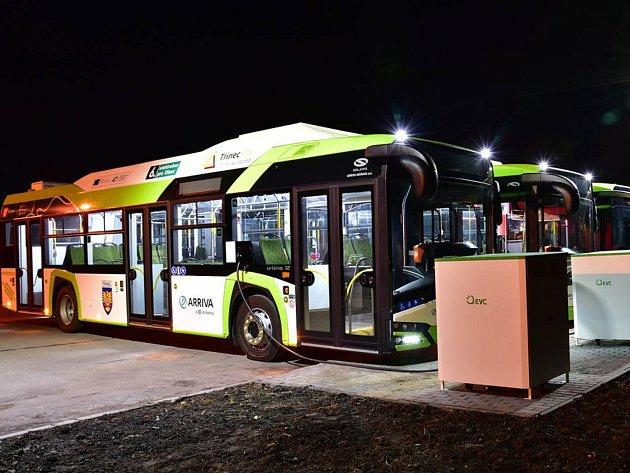 Ekologické autobusy míří pod Krkonoše. Ve Vrchlabí začnou jezdit na elektrický pohon letos v září, v Trutnově v říjnu.