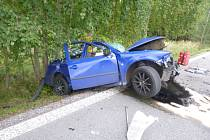 Při tragické dopravní nehodě mezi obcemi Borovnice a Horka u Staré Paky zemřel v pátek po 14. hodině řidič osobního auta po srážce s nákladním vozem.