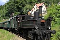 Parní vlak nostalgicky spojí Vrchlabí s Rokytnicí